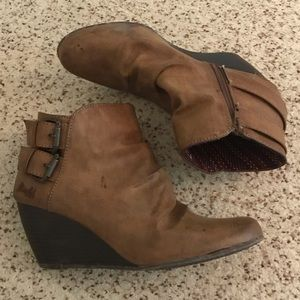 Blowfish brown buckle wedge boots size 10